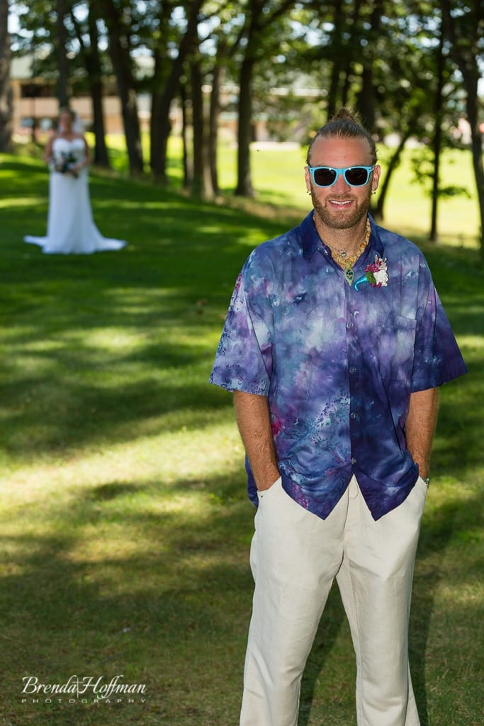 beach-wedding-muskegon-tie-dyed-haggars-hideaway-muskegon-country-club-trolly-002