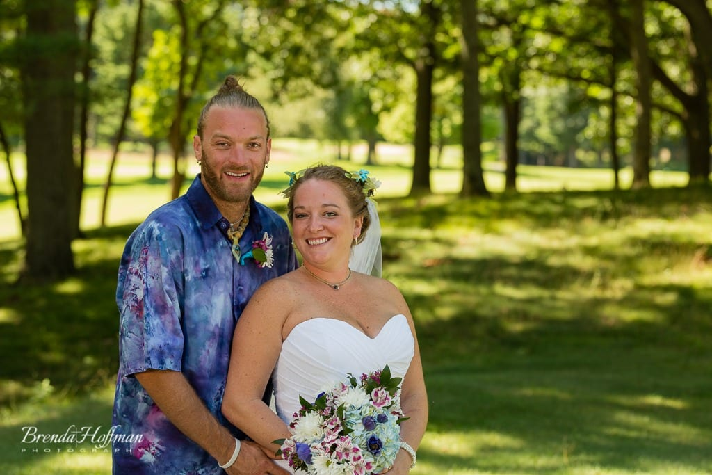 beach-wedding-muskegon-tie-dyed-haggars-hideaway-muskegon-country-club-trolly-010