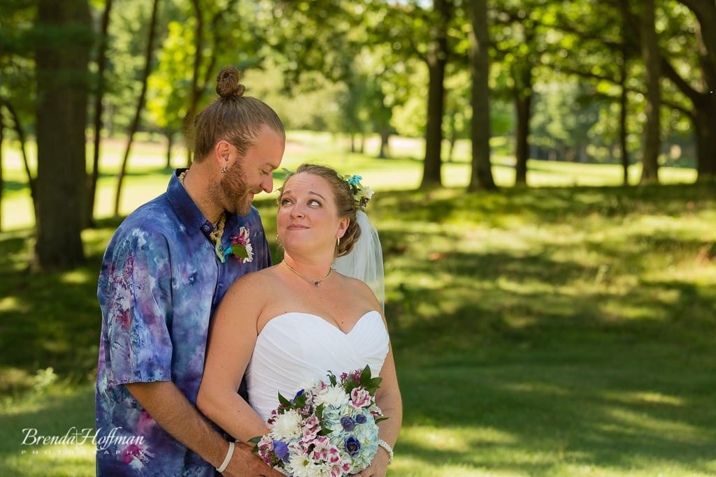 beach-wedding-muskegon-tie-dyed-haggars-hideaway-muskegon-country-club-trolly-011