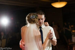 Bride-Dance-Father-Daughter-Crying-Brothers-010