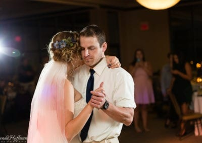 bride-dance-father-daughter-crying-brothers-011