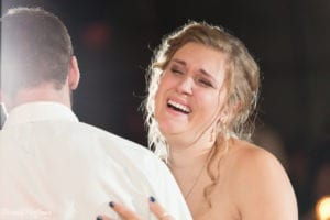 Bride-Dance-Father-Daughter-Crying-Brothers-015
