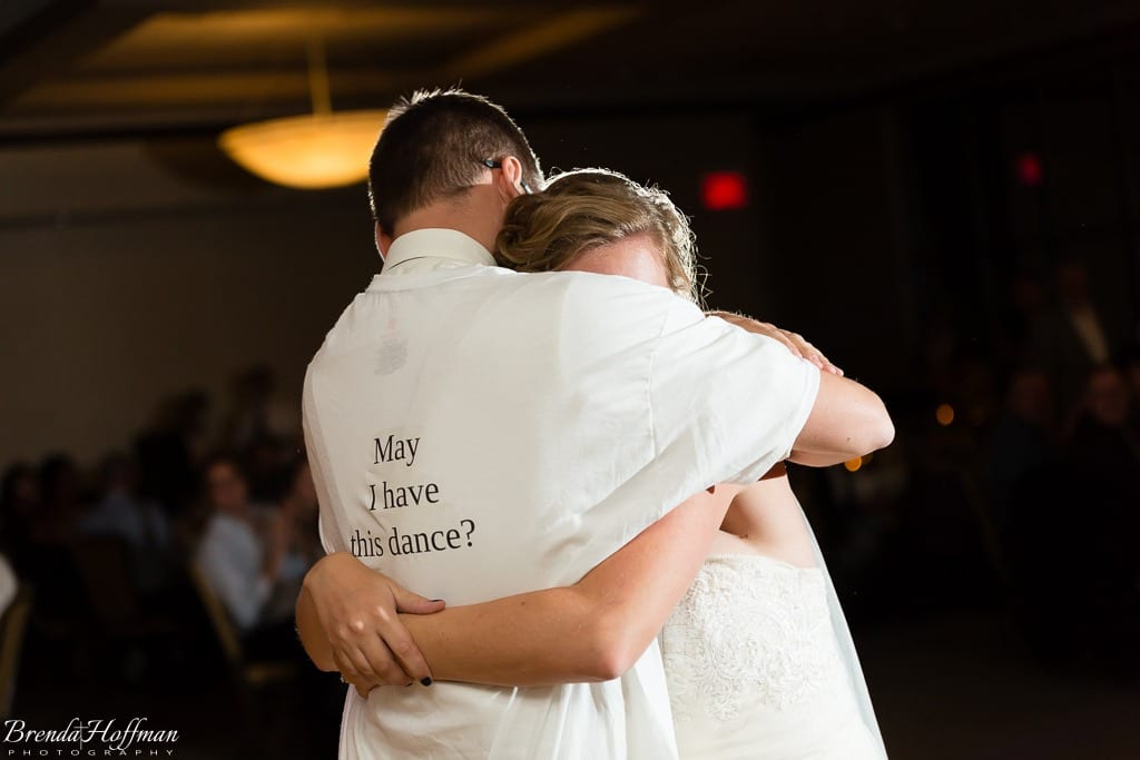 bride-dance-father-daughter-crying-brothers-017
