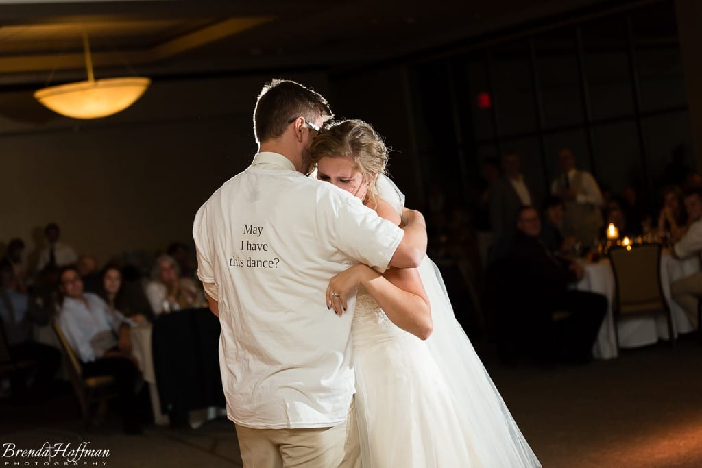 bride-dance-father-daughter-crying-brothers-018
