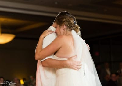 bride-dance-father-daughter-crying-brothers-020