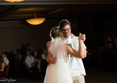 bride-dance-father-daughter-crying-brothers-021