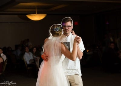 bride-dance-father-daughter-crying-brothers-022
