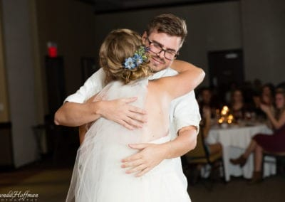 bride-dance-father-daughter-crying-brothers-026
