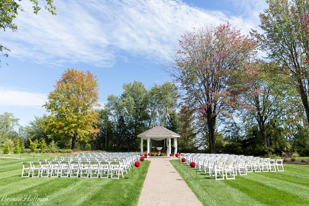trillium-events-wedding-michigan-red-black-001