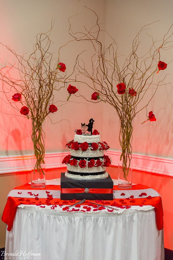trillium-events-wedding-michigan-red-black-007