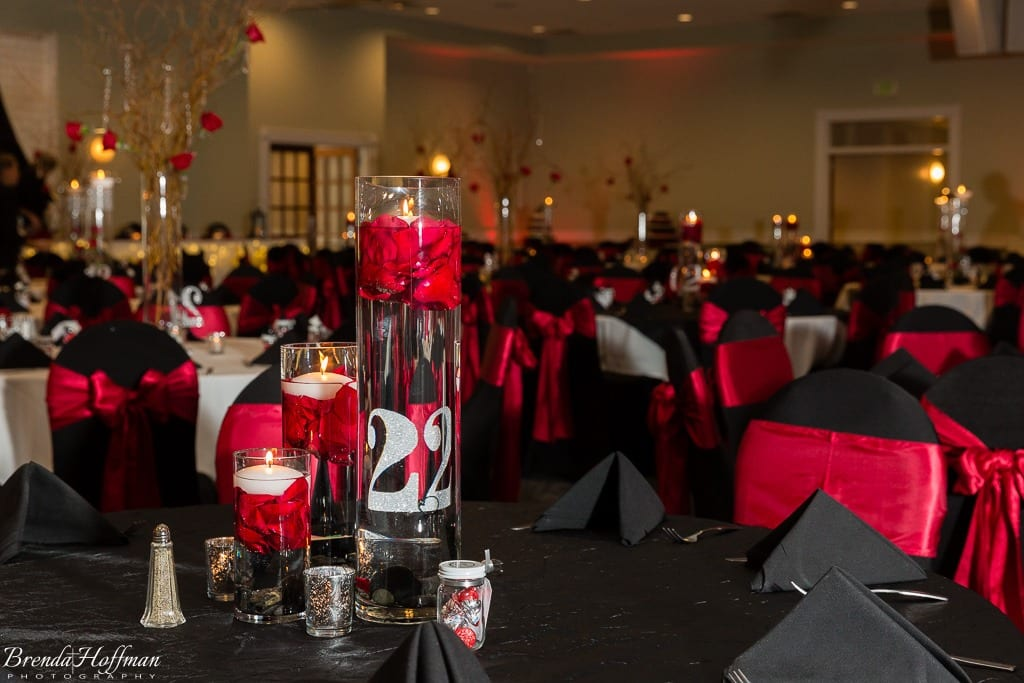 trillium-events-wedding-michigan-red-black-009