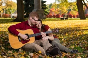 Grand-Haven-Central-Park-Engagment-fall-guitar (23)