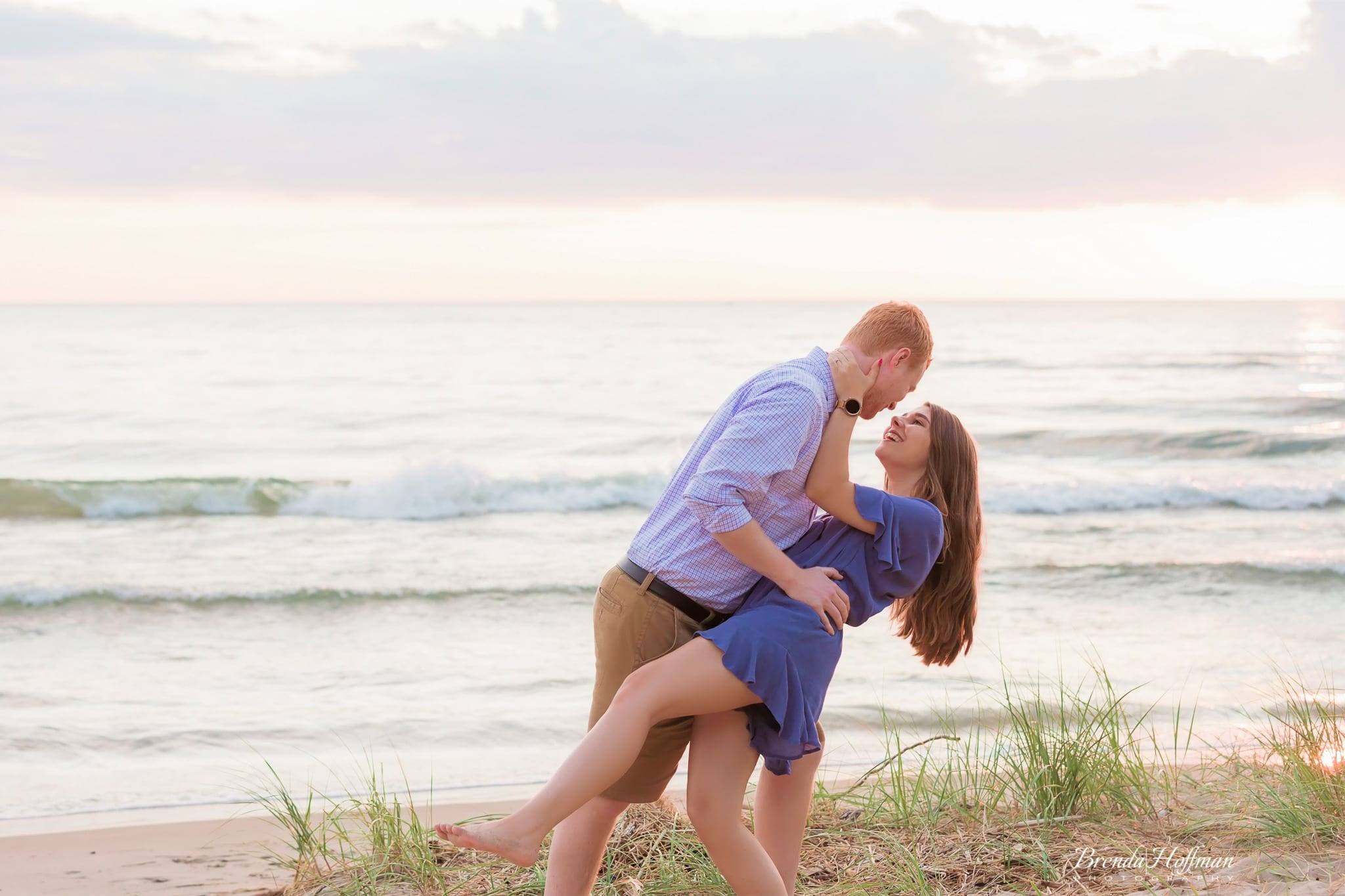 Beach-Sunset-Engagement-Session (12 of 14)