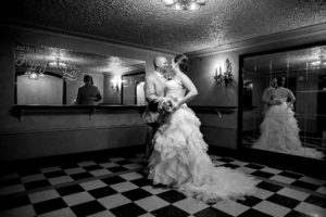 Grand-Haven-Wedding-Photographer-bride-groom-mirrors-frauenthal