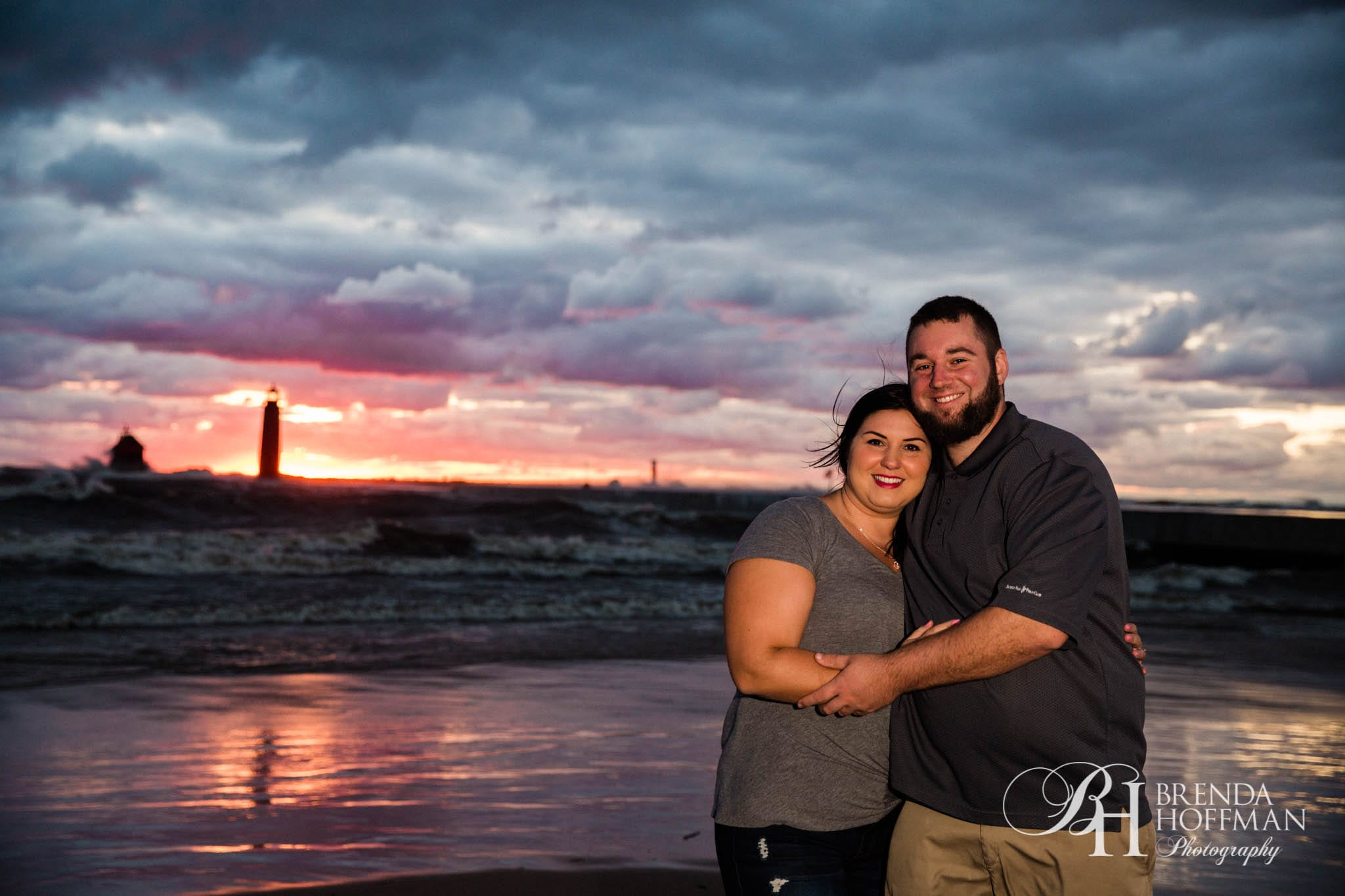 Grand Haven MI Central Park Beach Engagement 11