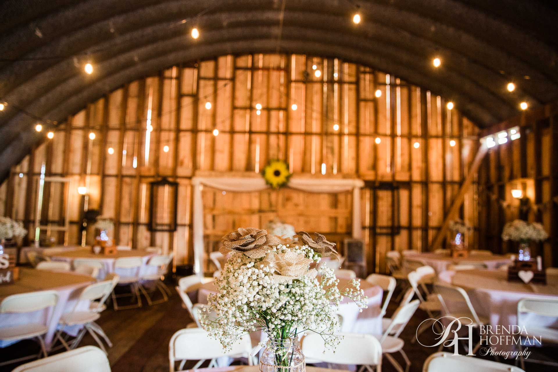 Grand Rapids MI Fall Barn Wedding 21