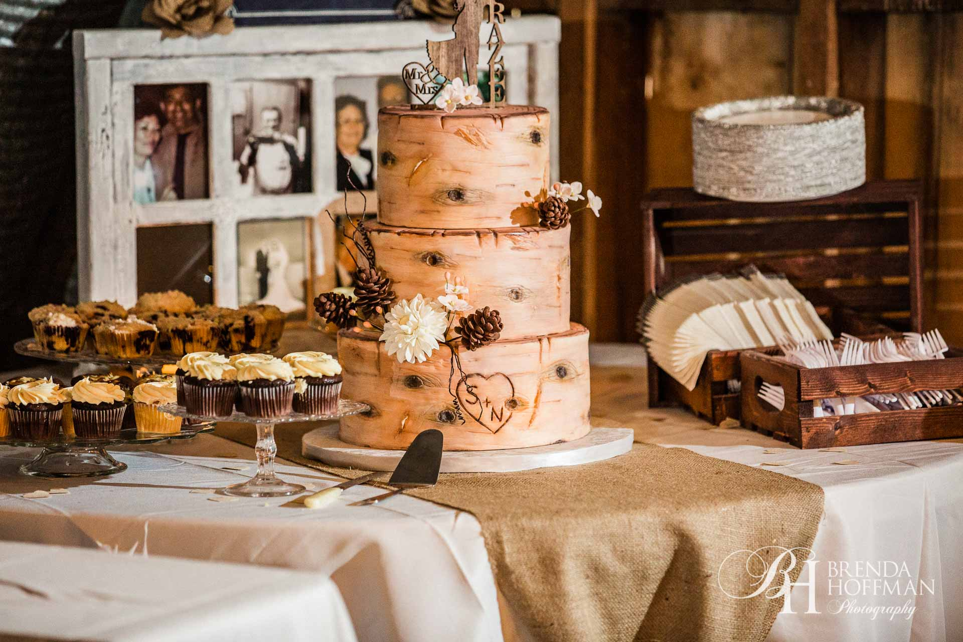 Grand Rapids MI Fall Barn Wedding 25